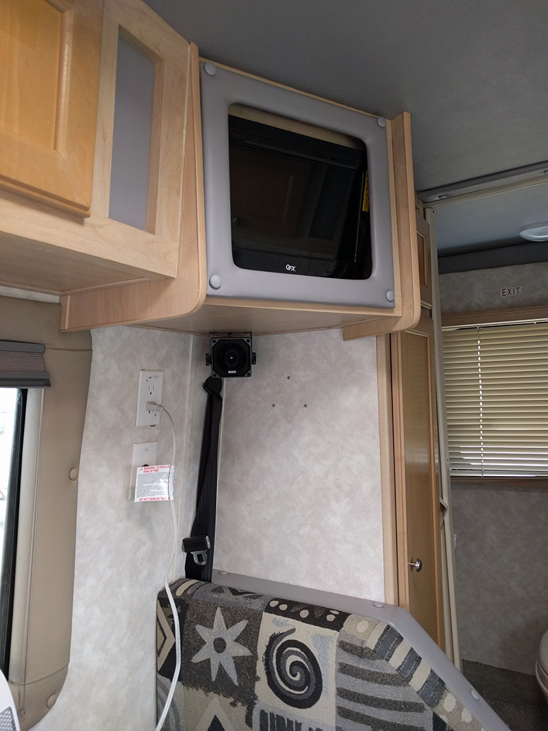 2005 Forest River MB Cruiser tv